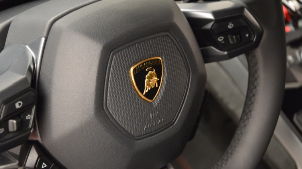 Used 2016 Lamborghini Huracan LP 580-2 for sale Sold at Maserati of Greenwich in Greenwich CT 06830 24