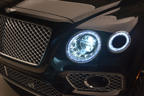 Used 2017 Bentley Bentayga for sale Sold at Maserati of Greenwich in Greenwich CT 06830 18