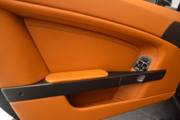 Used 2009 Aston Martin V8 Vantage for sale Sold at Maserati of Greenwich in Greenwich CT 06830 16