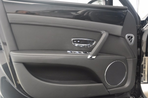 Used 2015 Bentley Flying Spur V8 for sale Sold at Maserati of Greenwich in Greenwich CT 06830 20