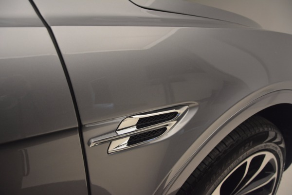 New 2018 Bentley Bentayga Onyx for sale Sold at Maserati of Greenwich in Greenwich CT 06830 19