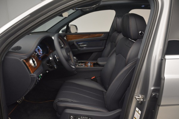 New 2018 Bentley Bentayga Onyx for sale Sold at Maserati of Greenwich in Greenwich CT 06830 24