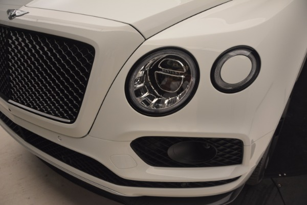 New 2018 Bentley Bentayga Black Edition for sale Sold at Maserati of Greenwich in Greenwich CT 06830 17