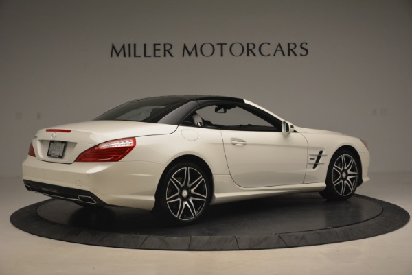 Used 2015 Mercedes Benz SL-Class SL 550 for sale Sold at Maserati of Greenwich in Greenwich CT 06830 22
