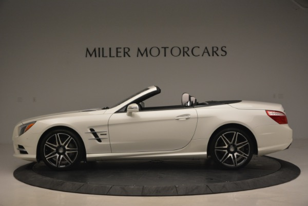 Used 2015 Mercedes Benz SL-Class SL 550 for sale Sold at Maserati of Greenwich in Greenwich CT 06830 3