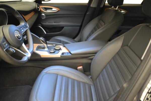 New 2017 Alfa Romeo Giulia Ti Lusso Q4 for sale Sold at Maserati of Greenwich in Greenwich CT 06830 14