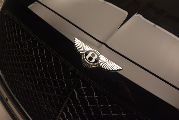 New 2018 Bentley Bentayga Black Edition for sale Sold at Maserati of Greenwich in Greenwich CT 06830 18