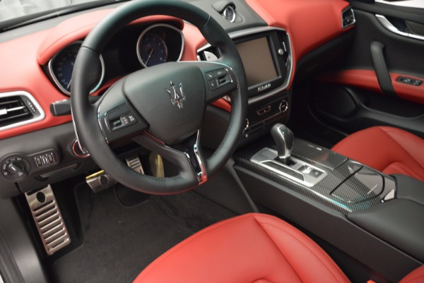 Used 2015 Maserati Ghibli S Q4 for sale Sold at Maserati of Greenwich in Greenwich CT 06830 13