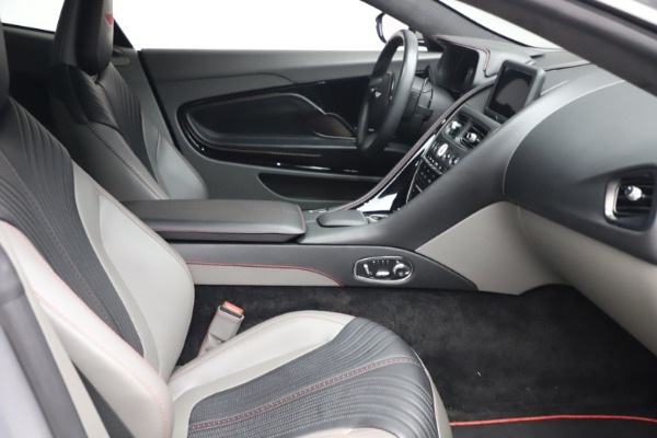 Used 2017 Aston Martin DB11 V12 for sale $149,900 at Maserati of Greenwich in Greenwich CT 06830 19