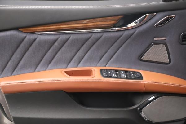 Used 2017 Maserati Quattroporte SQ4 GranLusso/ Zegna for sale $62,900 at Maserati of Greenwich in Greenwich CT 06830 17