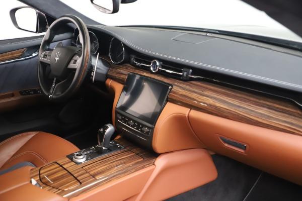 Used 2017 Maserati Quattroporte SQ4 GranLusso/ Zegna for sale $62,900 at Maserati of Greenwich in Greenwich CT 06830 19