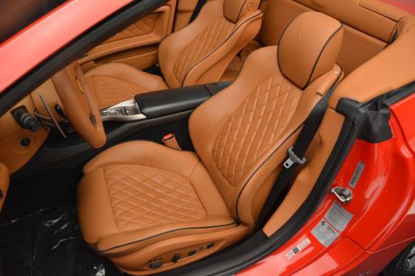 Used 2011 Ferrari California for sale Sold at Maserati of Greenwich in Greenwich CT 06830 27