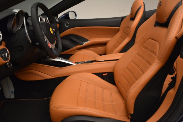 Used 2017 Ferrari California T Handling Speciale for sale $189,900 at Maserati of Greenwich in Greenwich CT 06830 26