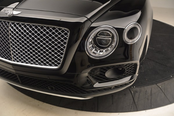 Used 2018 Bentley Bentayga Onyx Edition for sale $149,900 at Maserati of Greenwich in Greenwich CT 06830 14