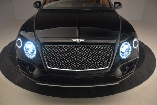 Used 2018 Bentley Bentayga Onyx Edition for sale $149,900 at Maserati of Greenwich in Greenwich CT 06830 16
