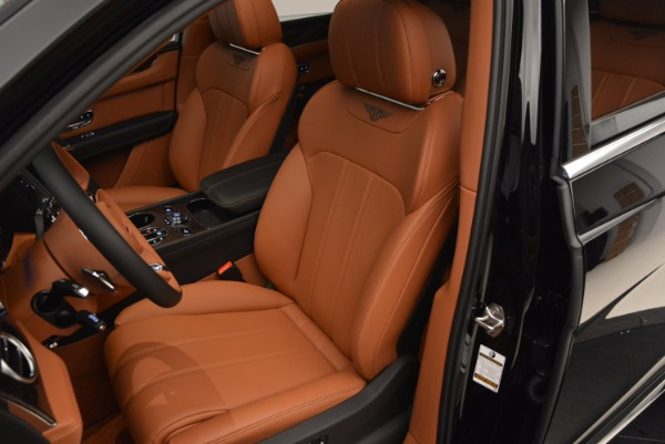 Used 2018 Bentley Bentayga Onyx Edition for sale $149,900 at Maserati of Greenwich in Greenwich CT 06830 23