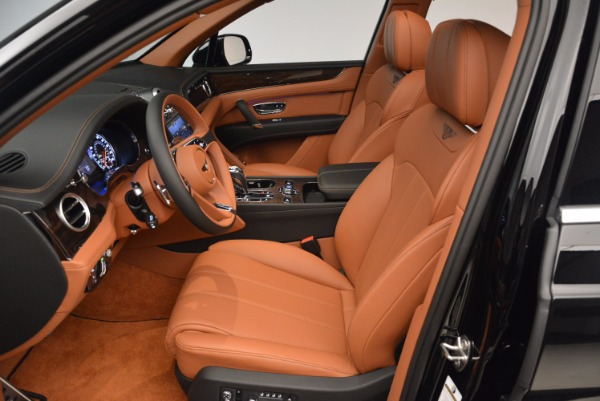 Used 2018 Bentley Bentayga Onyx Edition for sale $149,900 at Maserati of Greenwich in Greenwich CT 06830 24