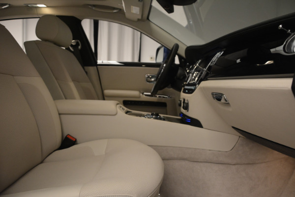 Used 2010 Rolls-Royce Ghost for sale $119,900 at Maserati of Greenwich in Greenwich CT 06830 21