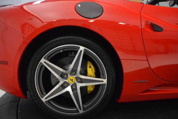 Used 2012 Ferrari California for sale Sold at Maserati of Greenwich in Greenwich CT 06830 23
