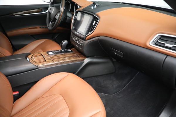 Used 2018 Maserati Ghibli S Q4 GranLusso for sale $56,900 at Maserati of Greenwich in Greenwich CT 06830 19