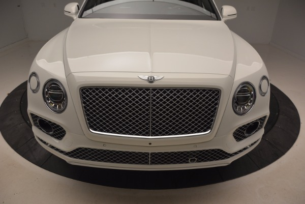 Used 2018 Bentley Bentayga Onyx for sale $159,900 at Maserati of Greenwich in Greenwich CT 06830 13