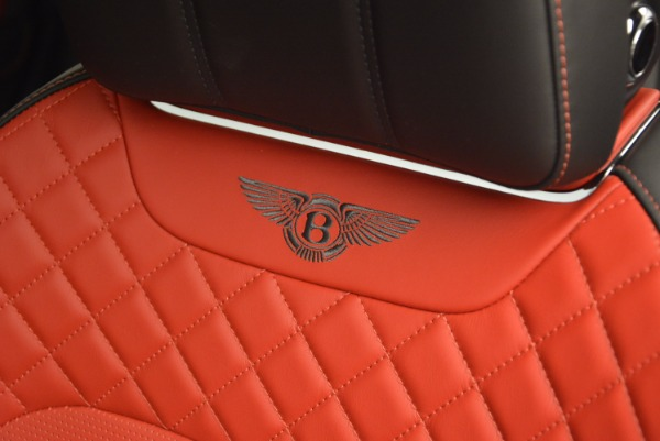 Used 2018 Bentley Bentayga Onyx for sale $159,900 at Maserati of Greenwich in Greenwich CT 06830 20