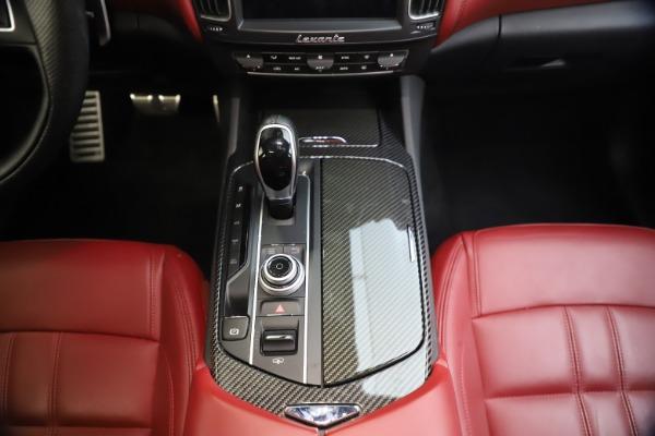 Used 2018 Maserati Levante S GranSport for sale $66,900 at Maserati of Greenwich in Greenwich CT 06830 28