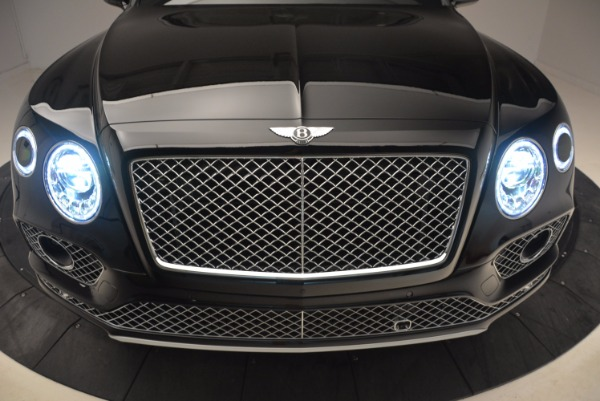 New 2018 Bentley Bentayga Onyx for sale Sold at Maserati of Greenwich in Greenwich CT 06830 15