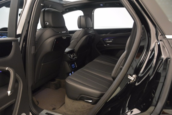 New 2018 Bentley Bentayga Onyx for sale Sold at Maserati of Greenwich in Greenwich CT 06830 22