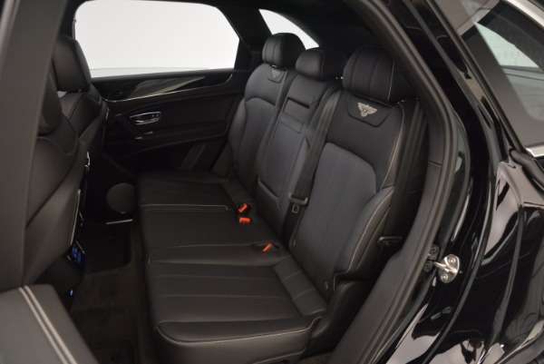 Used 2018 Bentley Bentayga Onyx Edition for sale $139,900 at Maserati of Greenwich in Greenwich CT 06830 24