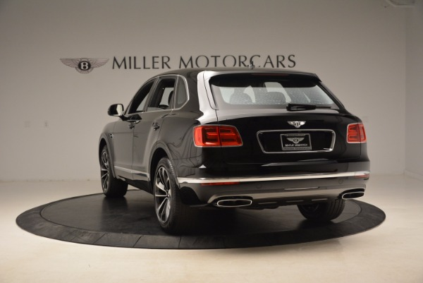 New 2018 Bentley Bentayga Onyx for sale Sold at Maserati of Greenwich in Greenwich CT 06830 6