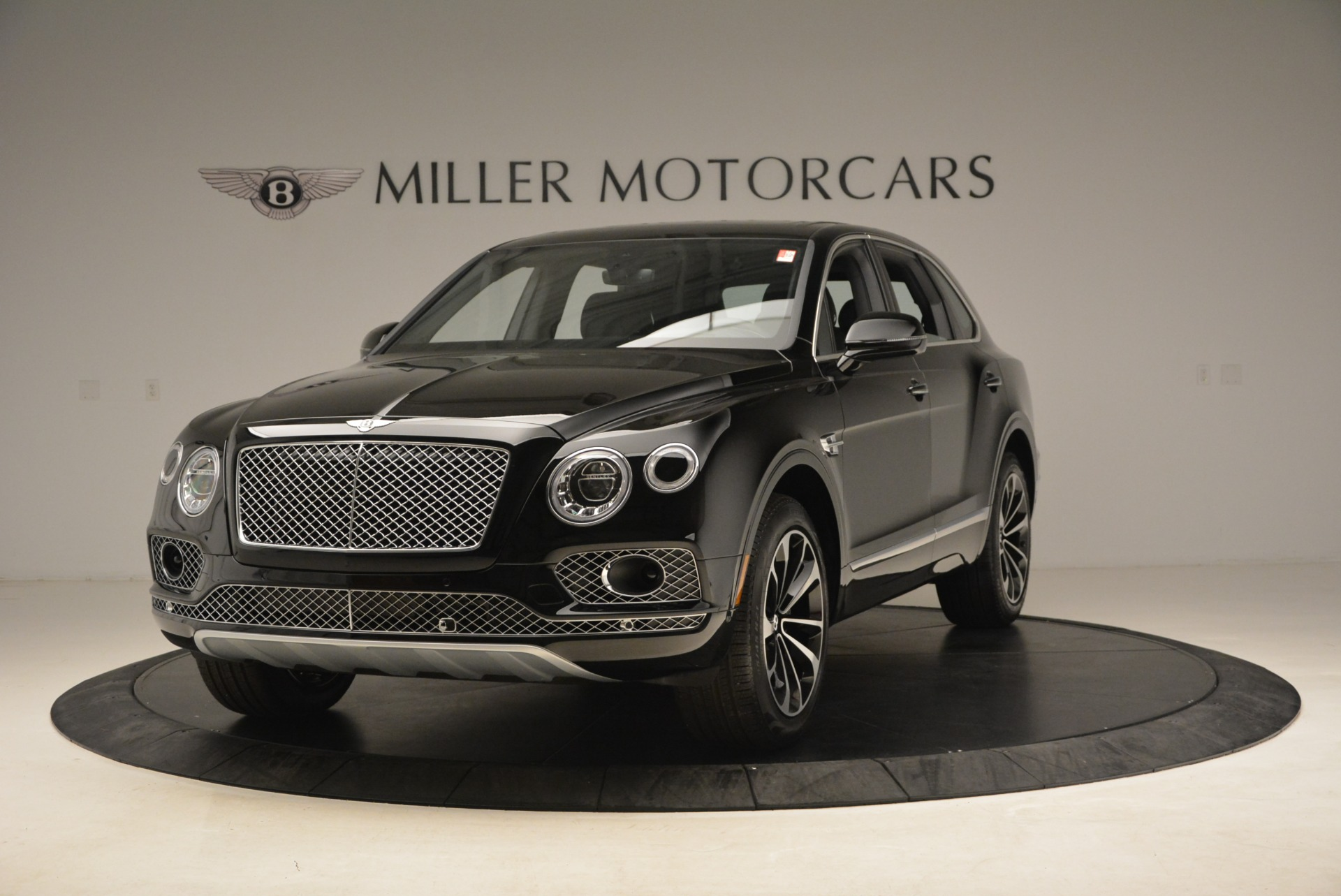 Used 2018 Bentley Bentayga Onyx Edition for sale $139,900 at Maserati of Greenwich in Greenwich CT 06830 1