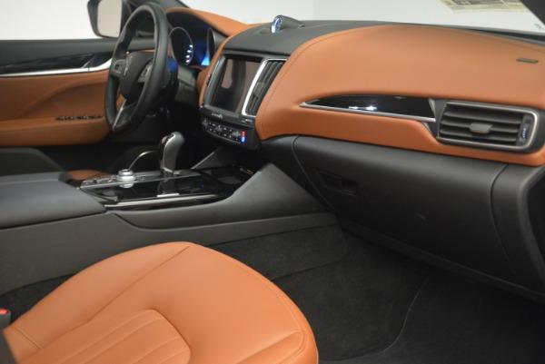Used 2018 Maserati Levante Q4 for sale Sold at Maserati of Greenwich in Greenwich CT 06830 27