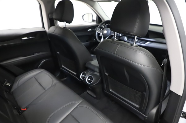 Used 2018 Alfa Romeo Stelvio Q4 for sale Sold at Maserati of Greenwich in Greenwich CT 06830 26