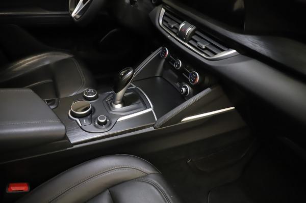 Used 2018 Alfa Romeo Stelvio Q4 for sale Sold at Maserati of Greenwich in Greenwich CT 06830 28