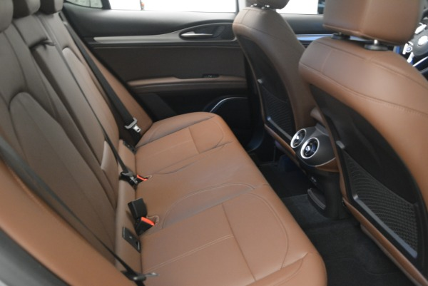 New 2018 Alfa Romeo Stelvio Sport Q4 for sale Sold at Maserati of Greenwich in Greenwich CT 06830 20