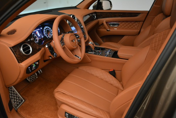 Used 2018 Bentley Bentayga W12 Signature for sale $156,900 at Maserati of Greenwich in Greenwich CT 06830 19