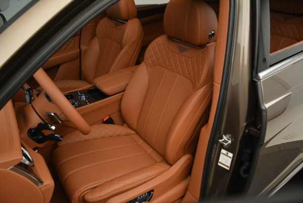 Used 2018 Bentley Bentayga W12 Signature for sale $156,900 at Maserati of Greenwich in Greenwich CT 06830 21