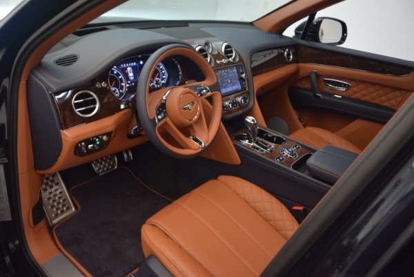Used 2018 Bentley Bentayga W12 Signature for sale Call for price at Maserati of Greenwich in Greenwich CT 06830 22