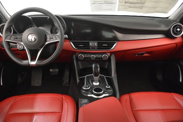 Used 2018 Alfa Romeo Giulia Q4 for sale Sold at Maserati of Greenwich in Greenwich CT 06830 16