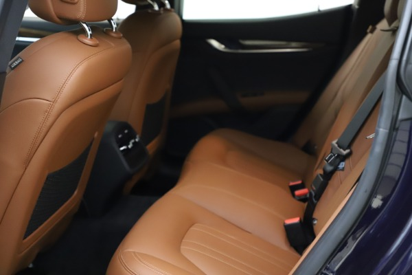 Used 2018 Maserati Ghibli S Q4 for sale $53,900 at Maserati of Greenwich in Greenwich CT 06830 19