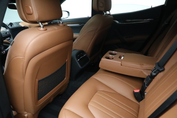 Used 2018 Maserati Ghibli S Q4 for sale $54,900 at Maserati of Greenwich in Greenwich CT 06830 21