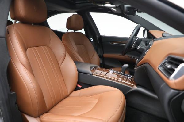 Used 2018 Maserati Ghibli S Q4 for sale $54,900 at Maserati of Greenwich in Greenwich CT 06830 27