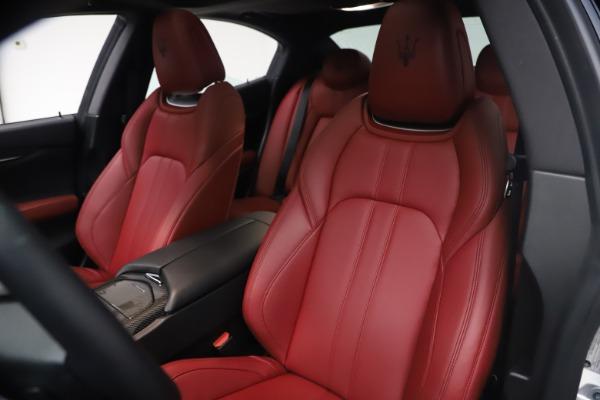 Used 2018 Maserati Ghibli S Q4 GranSport for sale $55,900 at Maserati of Greenwich in Greenwich CT 06830 15