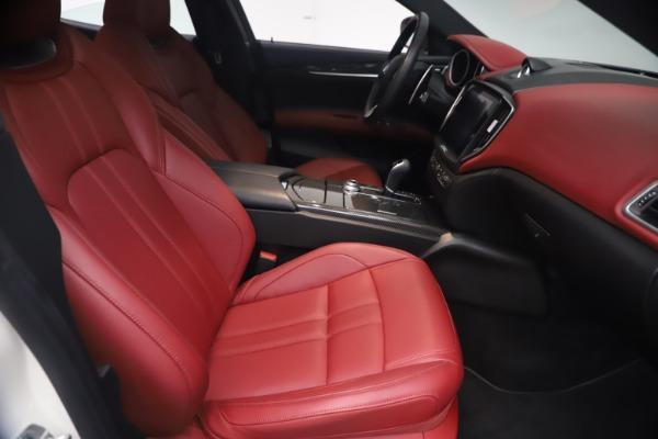 Used 2018 Maserati Ghibli S Q4 GranSport for sale $55,900 at Maserati of Greenwich in Greenwich CT 06830 23