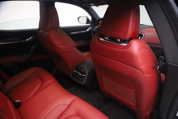 Used 2018 Maserati Ghibli S Q4 GranSport for sale $55,900 at Maserati of Greenwich in Greenwich CT 06830 25