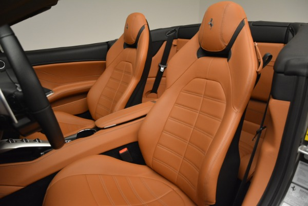 Used 2017 Ferrari California T Handling Speciale for sale Sold at Maserati of Greenwich in Greenwich CT 06830 27
