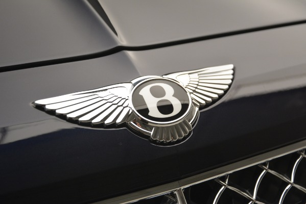Used 2018 Bentley Bentayga Signature for sale Sold at Maserati of Greenwich in Greenwich CT 06830 14