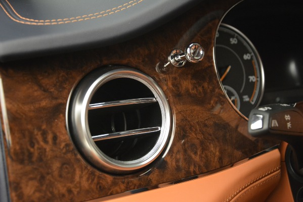 Used 2018 Bentley Bentayga Signature for sale Sold at Maserati of Greenwich in Greenwich CT 06830 20