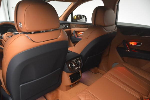 Used 2018 Bentley Bentayga Signature for sale Sold at Maserati of Greenwich in Greenwich CT 06830 22